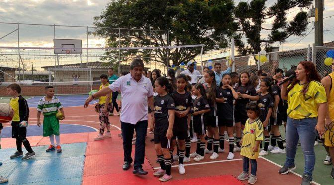 Alcaldía de Palmira entrega escenarios deportivos completamente dotado