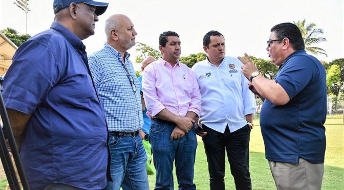 """DIAMANTE DE SOFBOL PARA PANAMERICANOS JUNIOR  """"UNICO EN EL MUNDO"""" DIJO PRESIDENTE DE LA CONFEDERACIÒN MUNDIAL"""